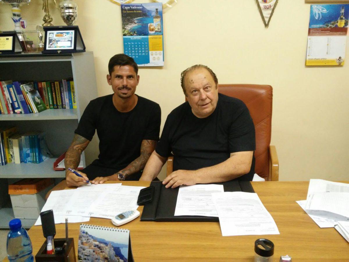 Angelo Rea è un calciatore della Vibonese immagine 3987 US Vibonese Calcio