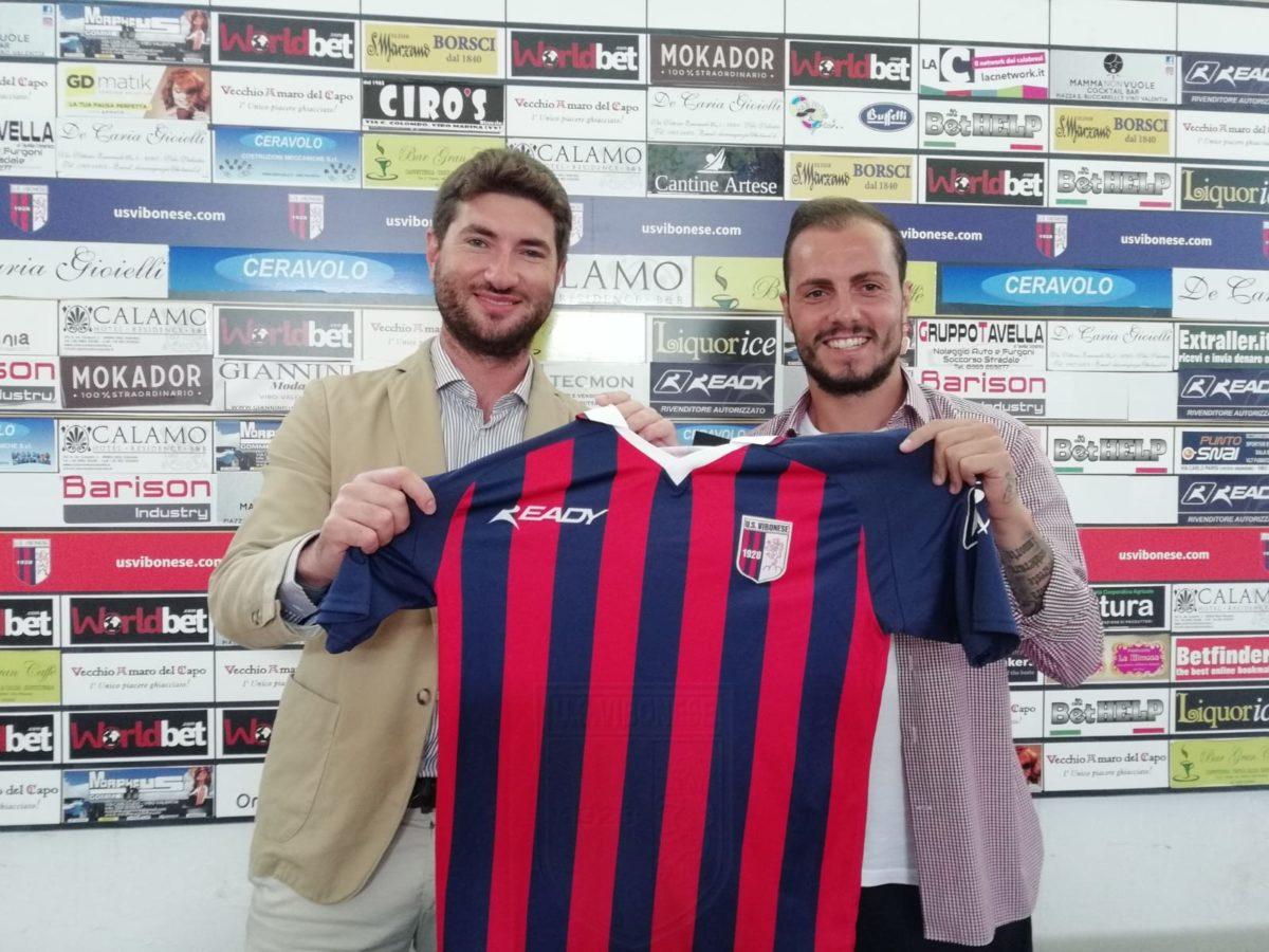 Arriva la firma di Finizio e di CiottiArriva la firma di Finizio e di Ciotti immagine 8243 US Vibonese Calcio