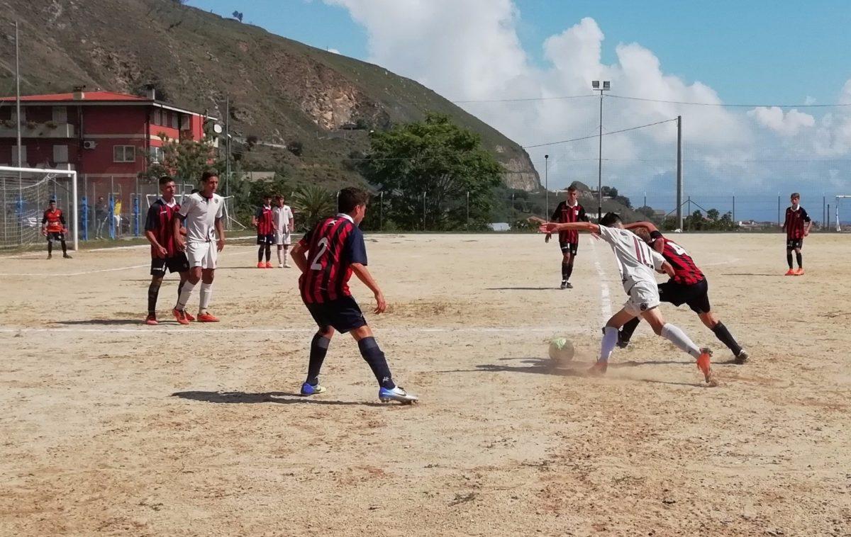 Doppia sconfitta per Under 15 e Under 17 immagine 9843 US Vibonese Calcio