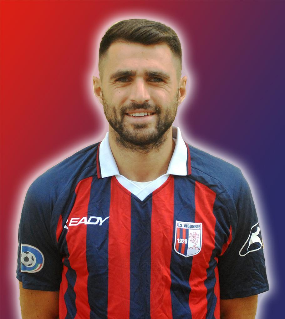 Buon compleanno ad Errico Altobello, il dottore in rossoblu che suona la carica in vista della Viterbese immagine 10360 US Vibonese Calcio