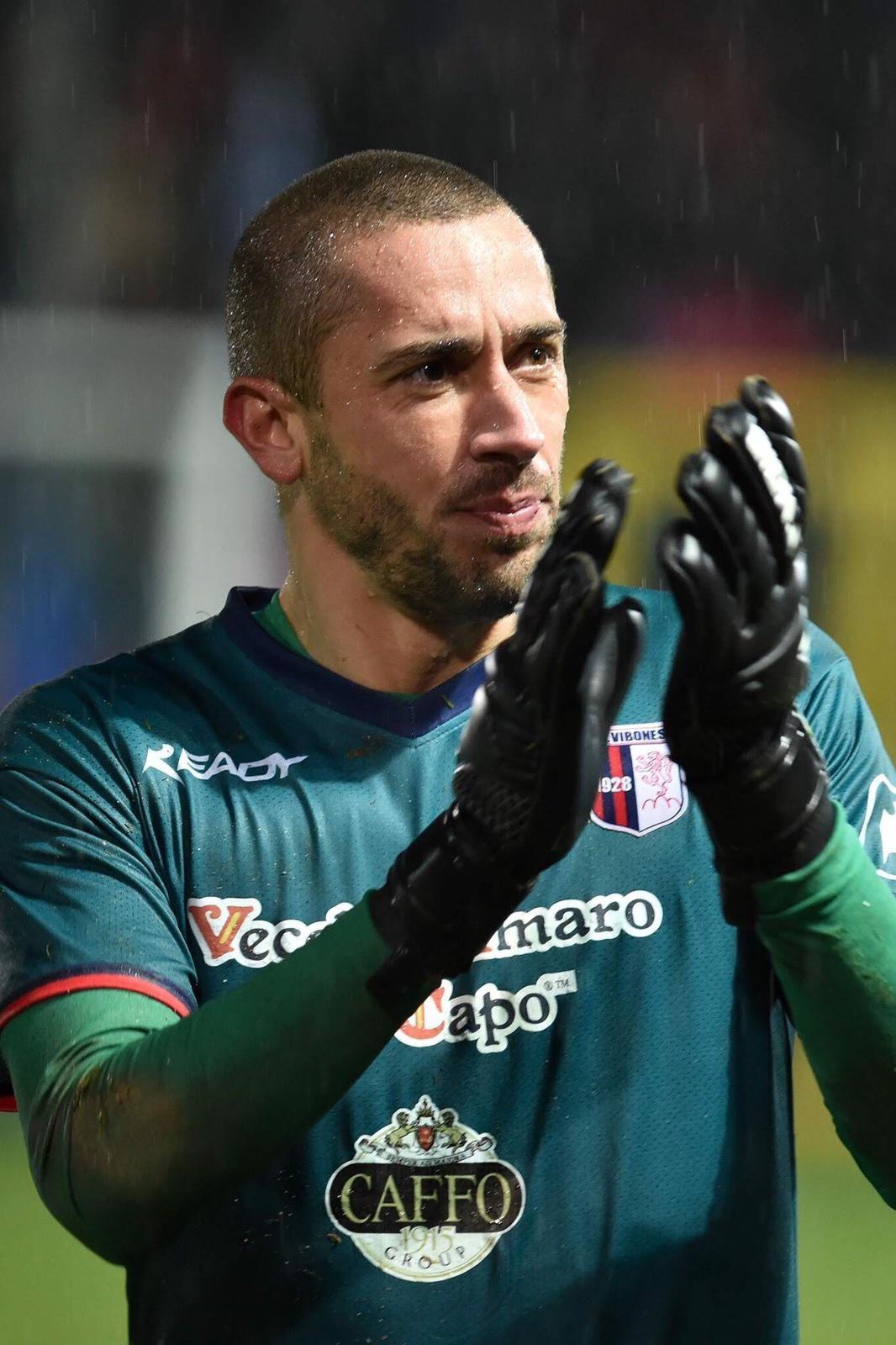 """Salvezza, playoff e spogliatoio: ecco il """"Mengoni pensiero"""" immagine 11844 US Vibonese Calcio"""