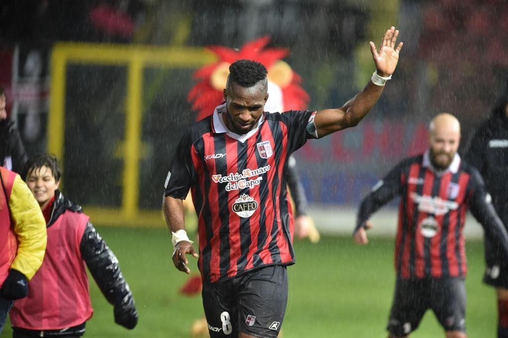 STILE VIBONESE | Ciao Obodo, un capitano è per sempre (nonostante tutto) immagine 12094 US Vibonese Calcio