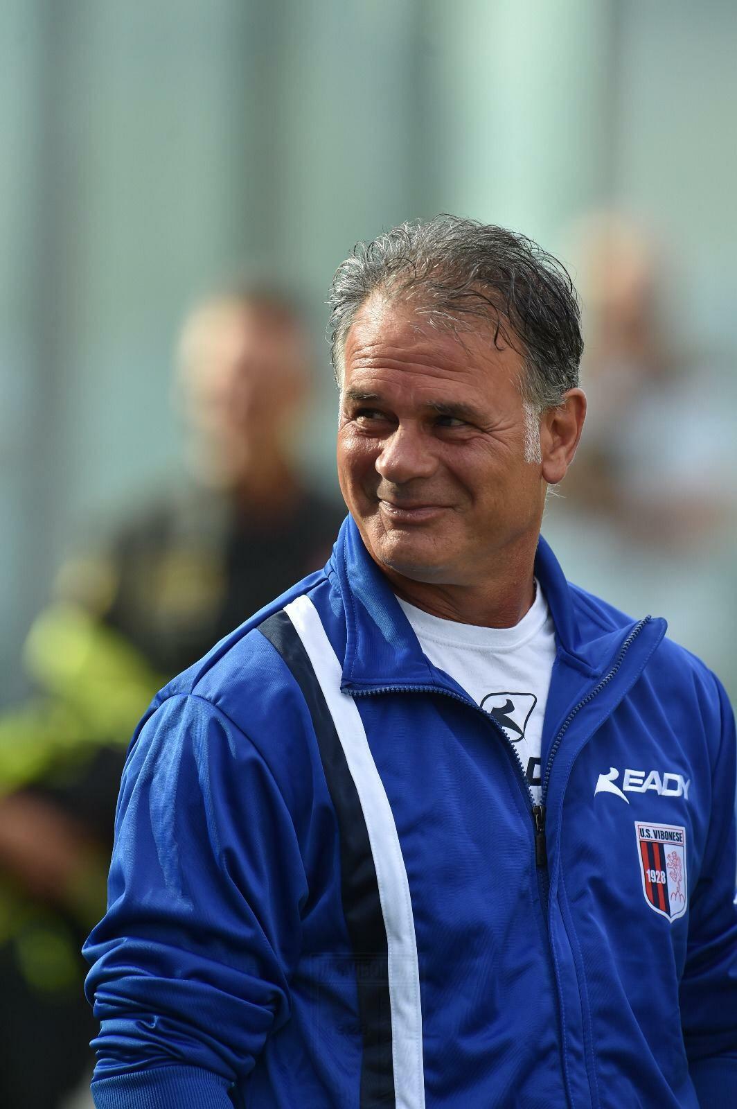 Verso VITERBESE - VIBONESE   Le sensazioni di mister Modica alla vigilia del match immagine 13207 US Vibonese Calcio