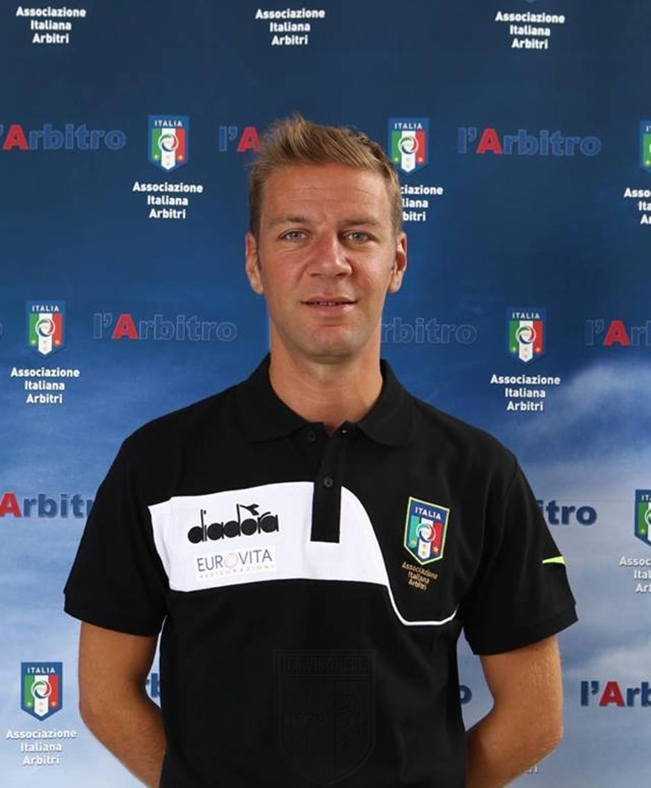 VERSO VIBONESE - CASERTANA | Match affidato al lombardo Enrico Maggio immagine 13225 US Vibonese Calcio