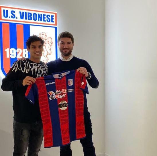 CALCIOMERCATO UFFICIALE | Signorelli è un giocatore rossoblu immagine 14313 US Vibonese Calcio