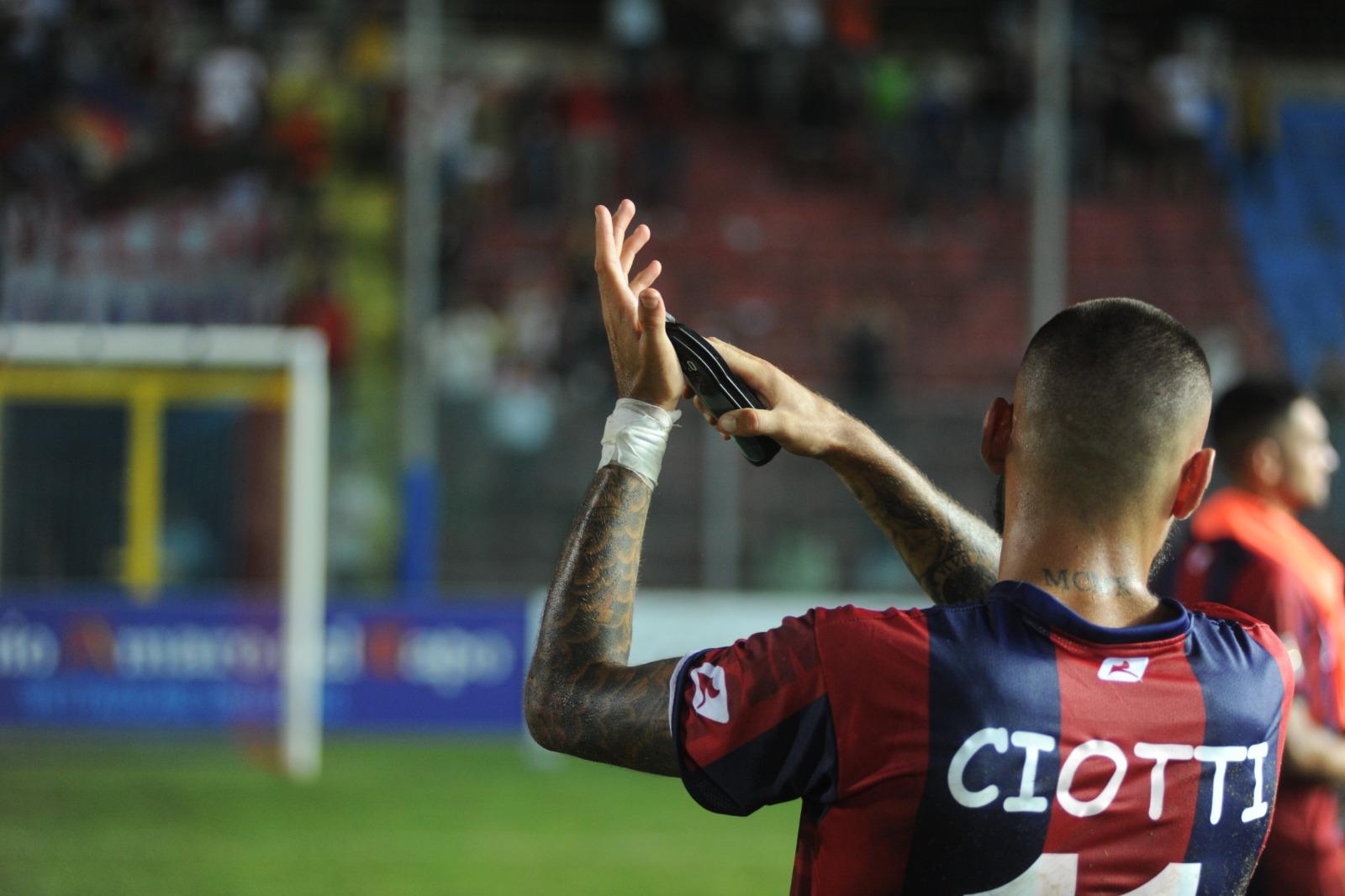 UFFICIALE | Pietro Ciotti è (ancora) un giocatore rossoblu immagine 15008 US Vibonese Calcio
