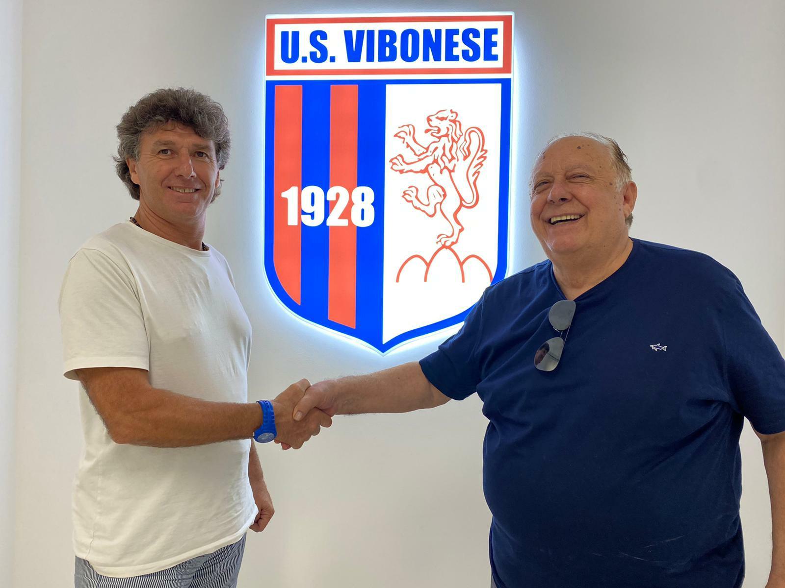 UFFICIALE: Angelo Galfano è il nuovo allenatore, sarà affiancato dal professore Giovanni Saffioti immagine 14932 US Vibonese Calcio