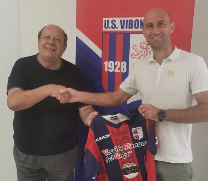 UFFICIALE   Leandro Vitiello è un giocatore  rossoblu immagine 16023 US Vibonese Calcio