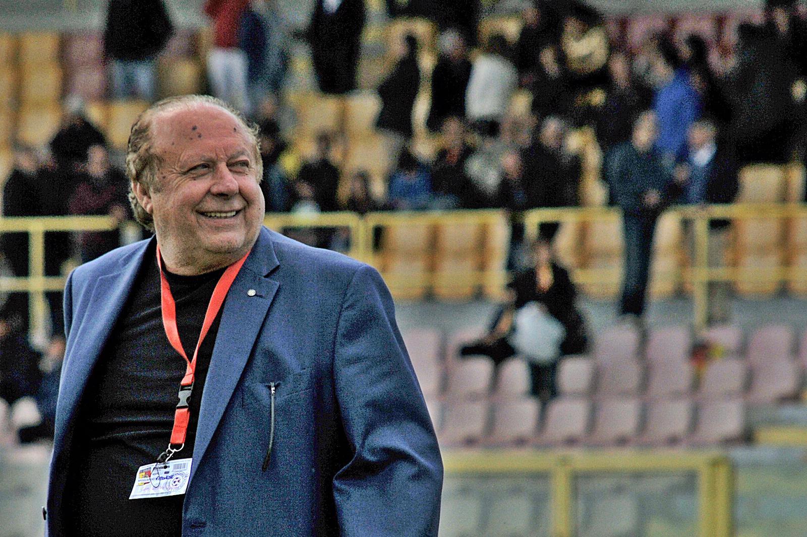 PRESENTAZIONE UFFICIALE | L'invito del presidente Caffo immagine 17511 US Vibonese Calcio