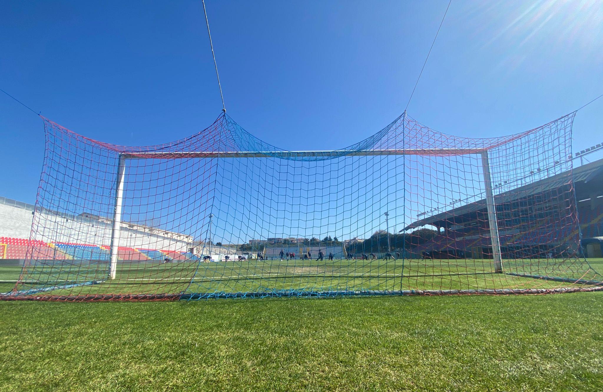 RIEMPIAMO IL LUIGI RAZZA | In vendita i mini abbonamenti da 5 partite immagine 18002 US Vibonese Calcio